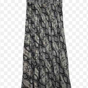 H & M NWT mixi animal print skirt.